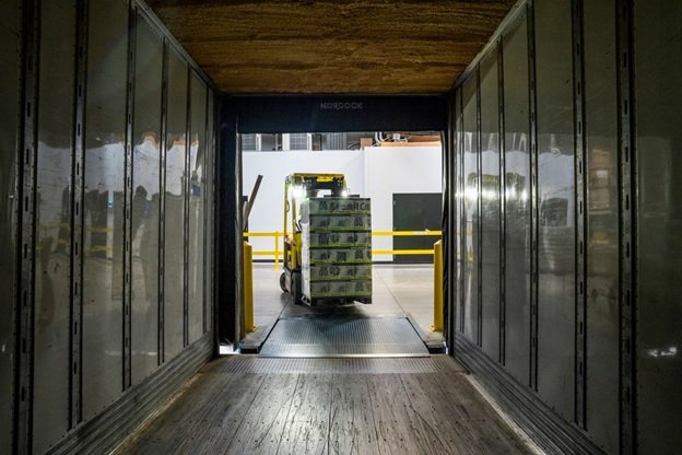 Why You Should Choose On-Site Forklift Training Instead of Off-Site Courses